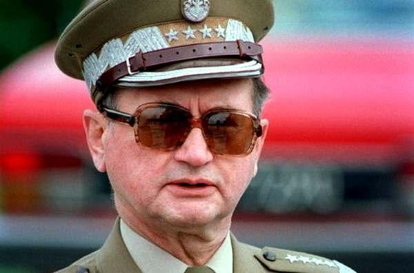 польский генерал Войцех Ярузельский