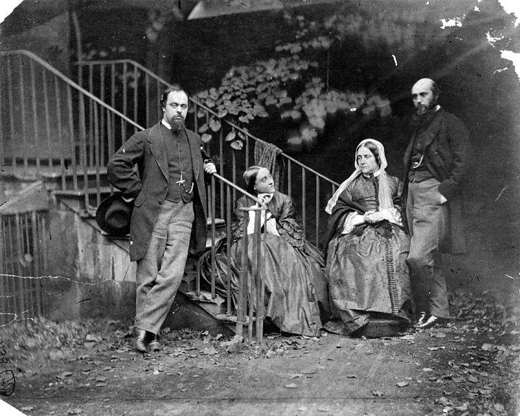 Слева направо: Данте Габриэль Россетти, его сестра Кристина Франческа Россетти, его мать Мэри Фрэнсис Лавиния Россетти и его брат Уильям Майкл Россетти.